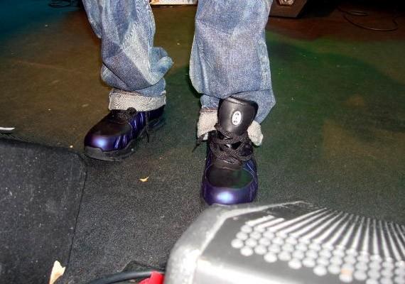 951c99c4c59 Nike Foamposite Boot - Black - Varsity Purple (Eggplant) on Wale ...
