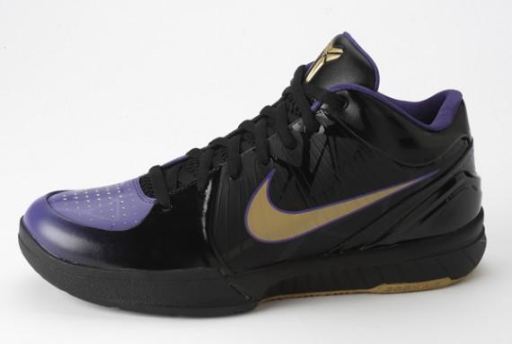 new concept 6ed81 43da3 Nike Zoom Kobe IV - Venom
