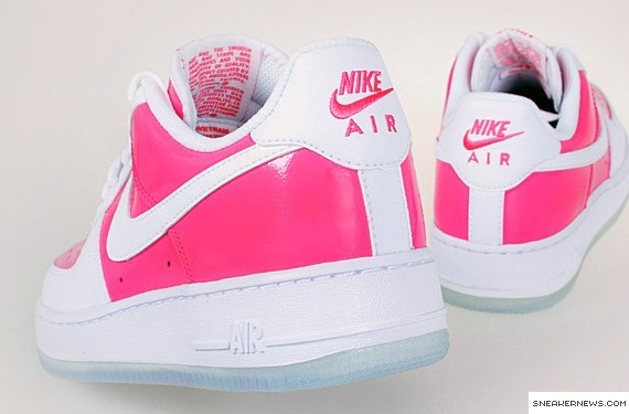 nike air force valentines day