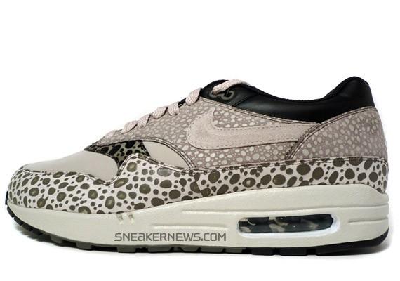 Labe Bermad Misionero  Nike Air Max 1 Premium SP - Pale Grey - Black - Safari Print -  SneakerNews.com