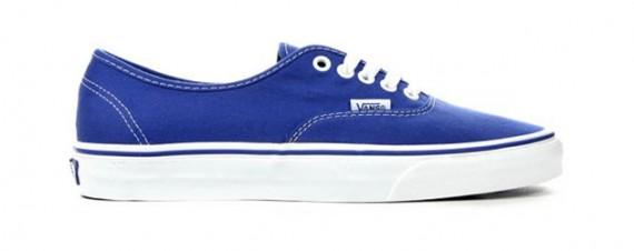 vans-royal-blue-checkered-pack-4.jpg