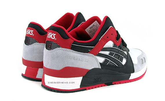 Who Sells Asics Shoes Canada