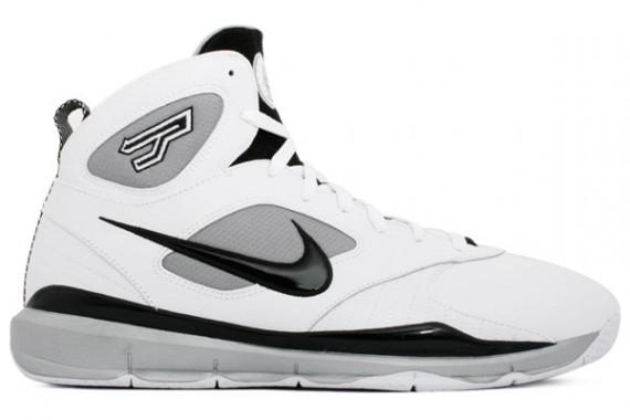 7ed6c28ad5362 Nike Huarache 09 X - Tony Parker Home - SneakerNews.com