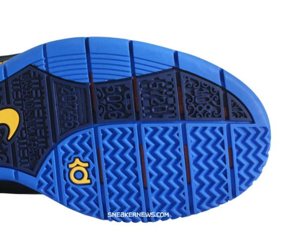 Hibbett Sports Shoes images