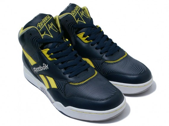 http://sneakernews.com/wp-content/uploads/2009/02/reebok-reversejam-mid-navy-yellow-01.jpg