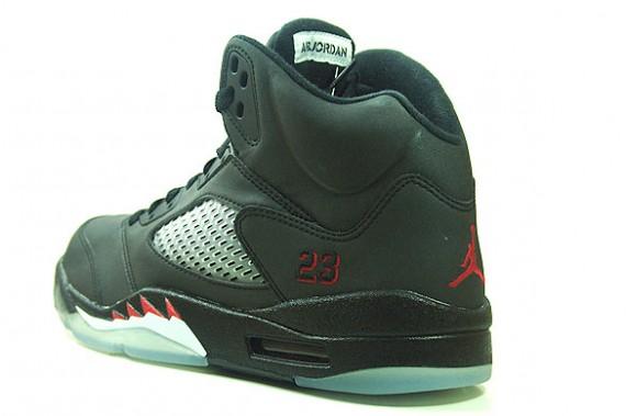 Air Jordan V (5) 3M - Raging Bull DMP 2 Package - SneakerNews.com 6f8ce1988