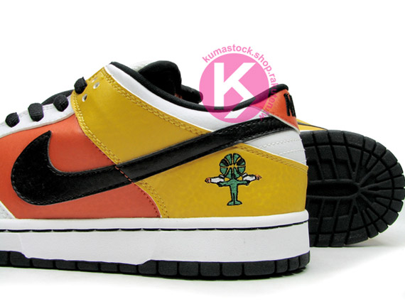 reputable site 92844 a2013 dunk-low-sb-raygun-away-01