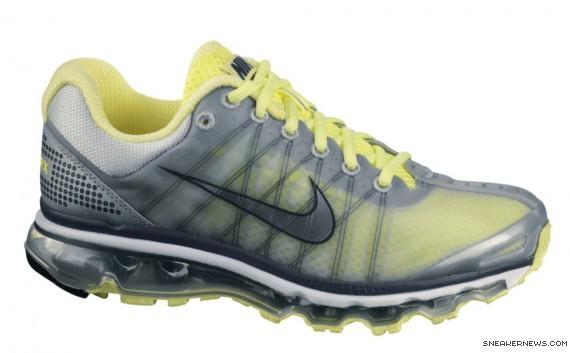 2009 Air Max Shoe