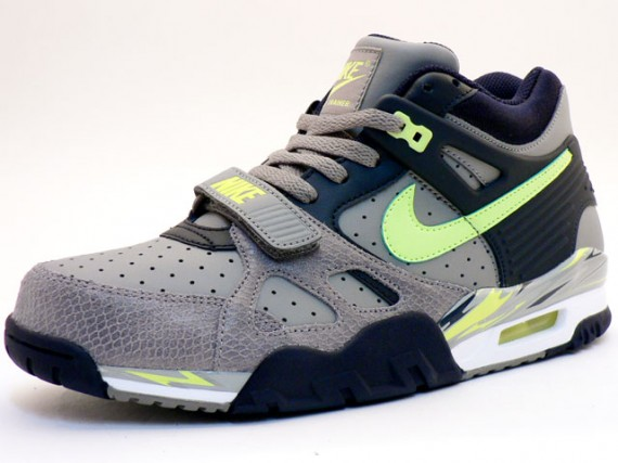 huge discount 3f949 01bfd Nike Air Trainer III LE - Grey - Volt - Snakeskin