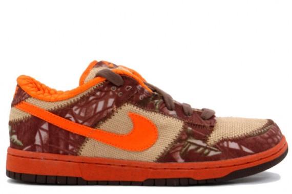 lowest price 06c0c cef5f Nike Dunk Low Pro SB - Hunter - Natural Burlap - Orange Blaze