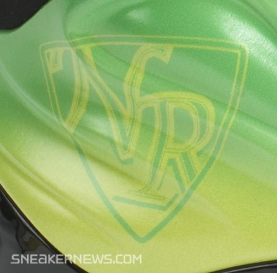 new concept 596d9 5dbe7 Nike Foamposite Lite Kryptonate Release Version 60%OFF