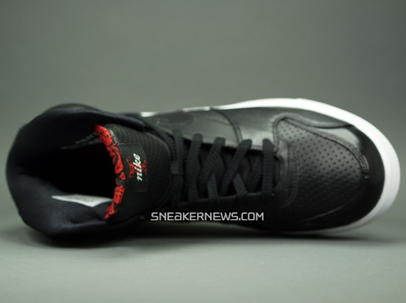 Nike RT1 - Black Red - April 2009 Release