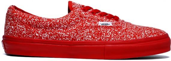 c883e345b7b248 Vans x Supreme - Disruptive - Half Cab   Era - SneakerNews.com