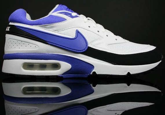 wholesale dealer 27f40 4f4d2 Its clear that these are the legendary persian violet colourway, the OG  favourite palette for Nikes Air Classic BW ...
