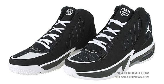 bf2608ef33ac82 Air Jordan Jeter Captain - Black - White - SneakerNews.com