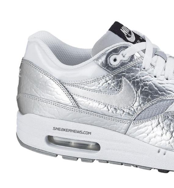 2009 Nike Air Max Silver