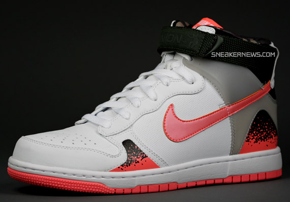 new style 0585c d5700 UNION NYC x Nike Dunk High Challenge Supreme