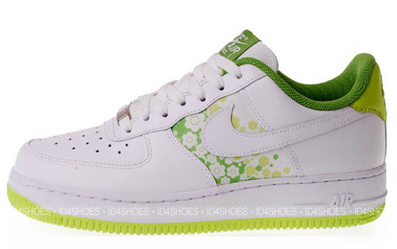 best sneakers 94d6b f6ace 315115-118-1. Advertisement. Nike has put the Sakura print edition of the Air  Force ...