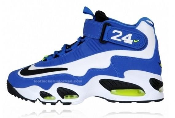 royal blue ken griffey shoes