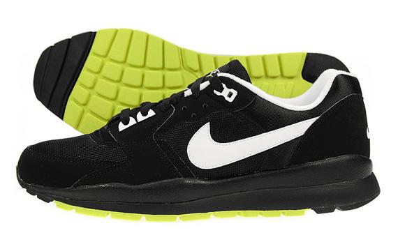 Nike Windrunner TR 2 Black White Electrolime