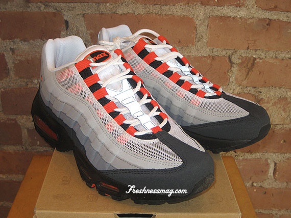 Nike Air Max 95 Team Orange Available Sneakernews Com