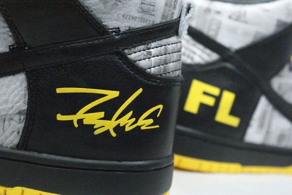 Futura x Nike Dunk High FLOM - LIVESTRONG  Stages  Collection ... 89e4eae4dad7