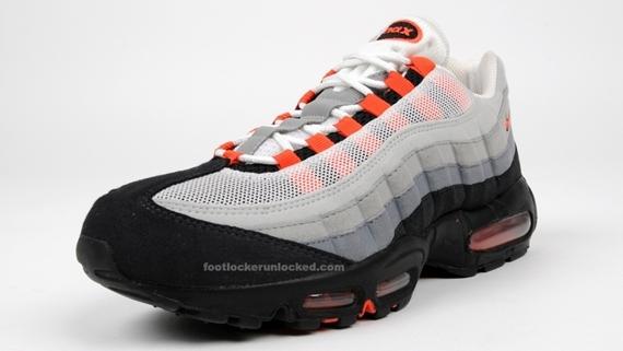 Nike Air Max 95 - Team Orange - Release Reminder - SneakerNews.com