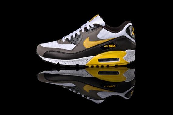 Nike LIVESTRONG   Air Max 1 + Air Max 90 + Air 180