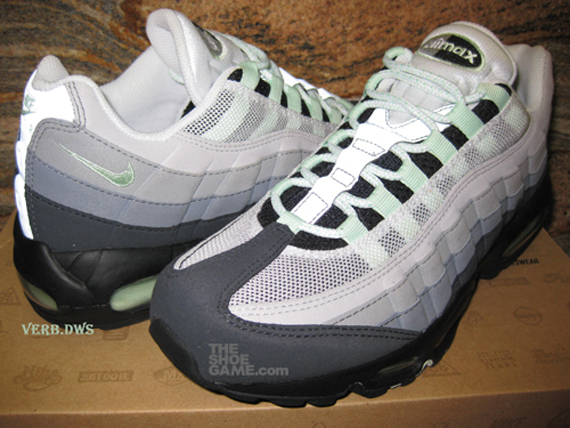 finest selection ced22 d0f10 new-green-nike-air-max-95-2