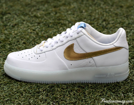 Nike Air Force Doradas