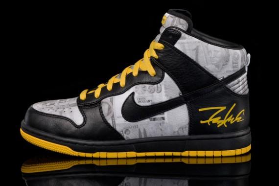 sports shoes ee0c5 eeec0 nike-flom-dunk-livestrong-1