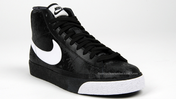 nike blazers high black and white