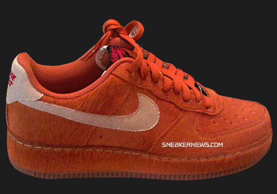 nike-air-force-1-halloween-2009-01