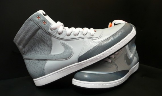 nike-air-scandeezypreview-570x338