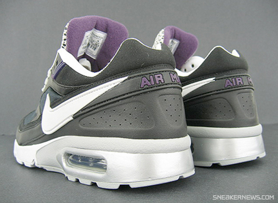 nike-classic-bw-black-silver-purple-safari-3