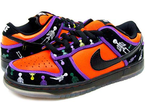 nike-dunk-low-pro-sb-dia-de-los-muertos-day-of-the-dead-orange-blaze-black-1