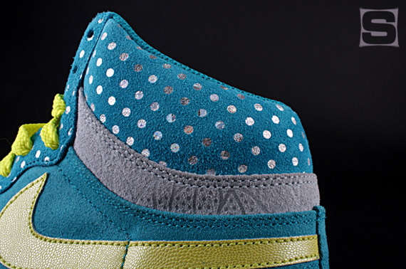 nike-wmns-clash-pack-8