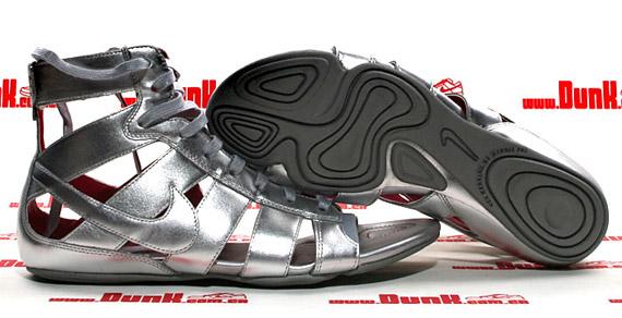 nike-wmns-gladiator-mid-silver-2