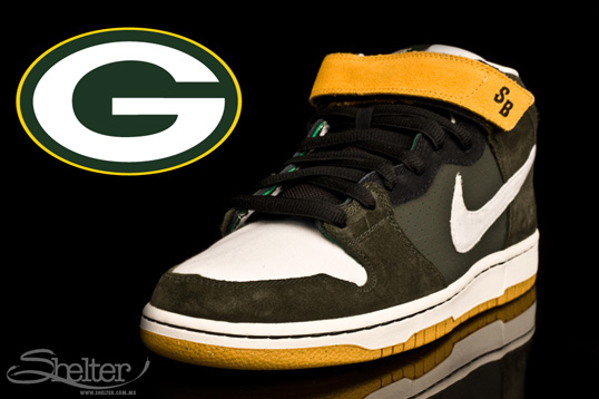 Nike SB Dunk Mid Green Bay Packers