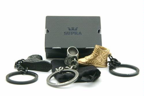 Supra Skytop Keychain - Gold + Silver + Black - SneakerNews.com 2e90ccf8da