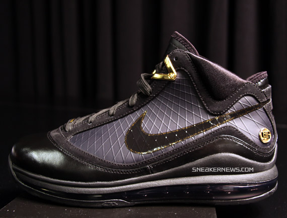 27e161a93cb4fd Nike Air Max LeBron VII - Black - Metallic Gold - Upcoming Colorway ...