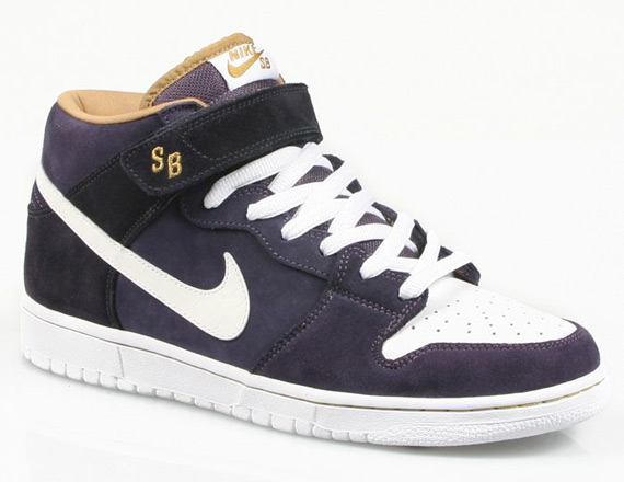 dunk-mid-sb-abyss-00