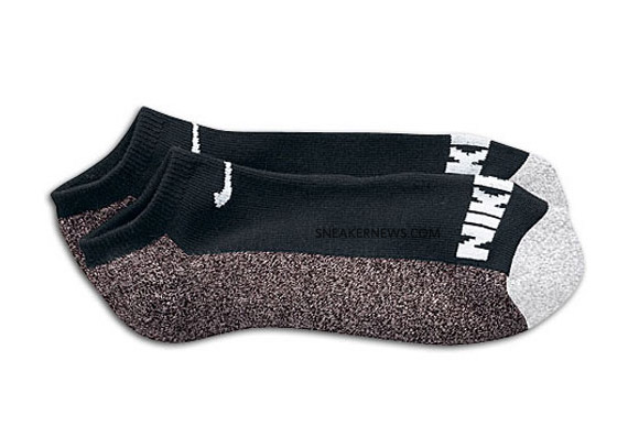 nike-sb-tech-socks-02