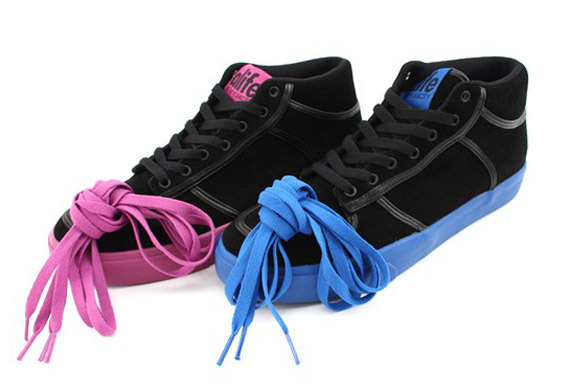 Alife Everybody Mid Black Suede Pack Blue Pink