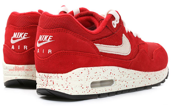 air max one rojas