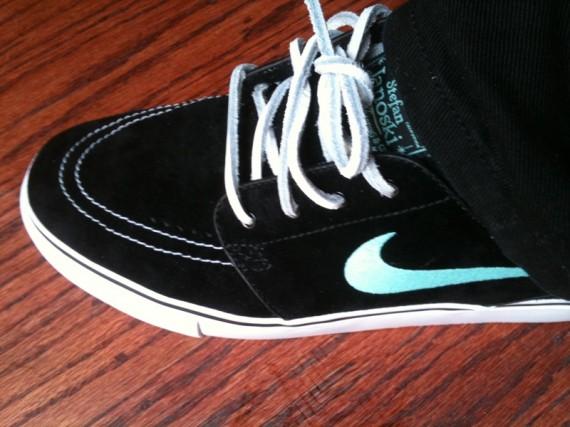 Nike Sb Janoski White Perforated Leather
