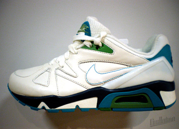 Nike-Structure-Wmns-Spring-2010-4