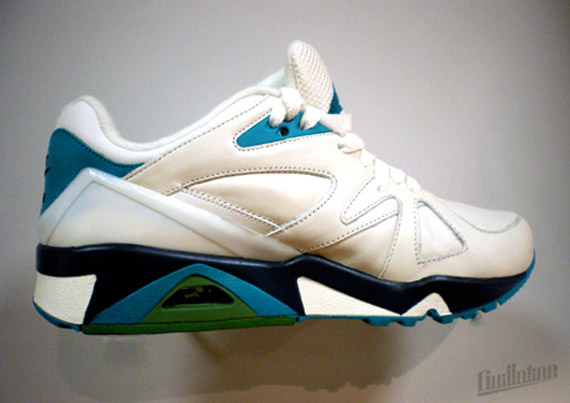 Nike-Structure-Wmns-Spring-2010-5