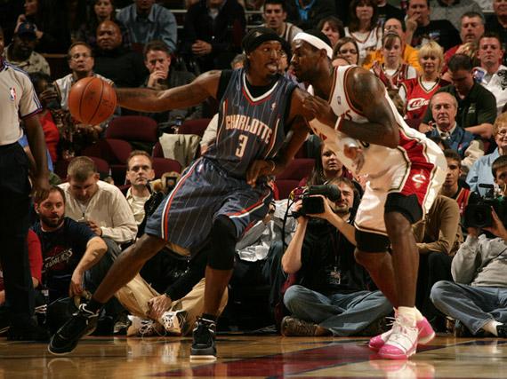 NBA Feet: LeBron James - Nike Zoom Soldier III - Think Pink ...