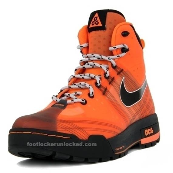 nike-acg-ashiko-boot-total-orange-01